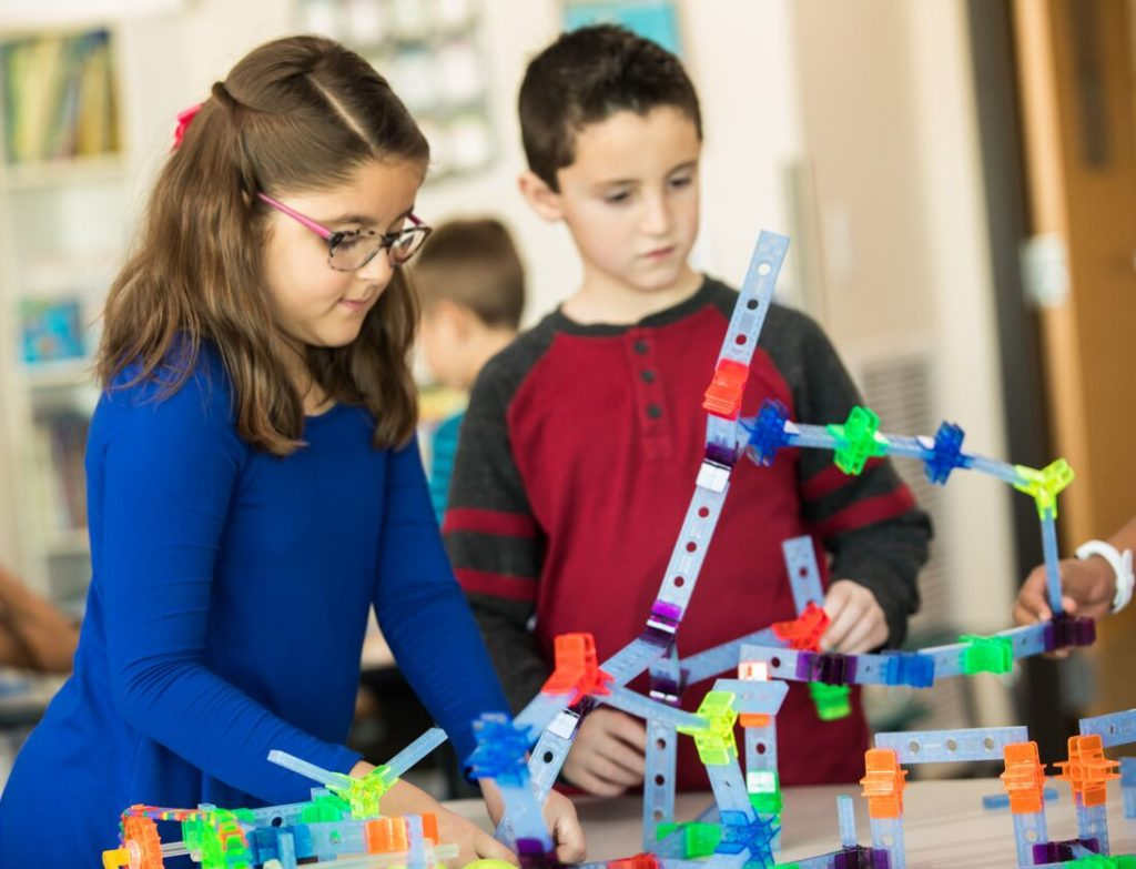 "STEM vs STEAM: Why the ""A"" matters - Educational Innovations Blog"